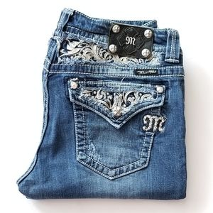 Miss Me  Distressed Boot Cut Jeans👖👖